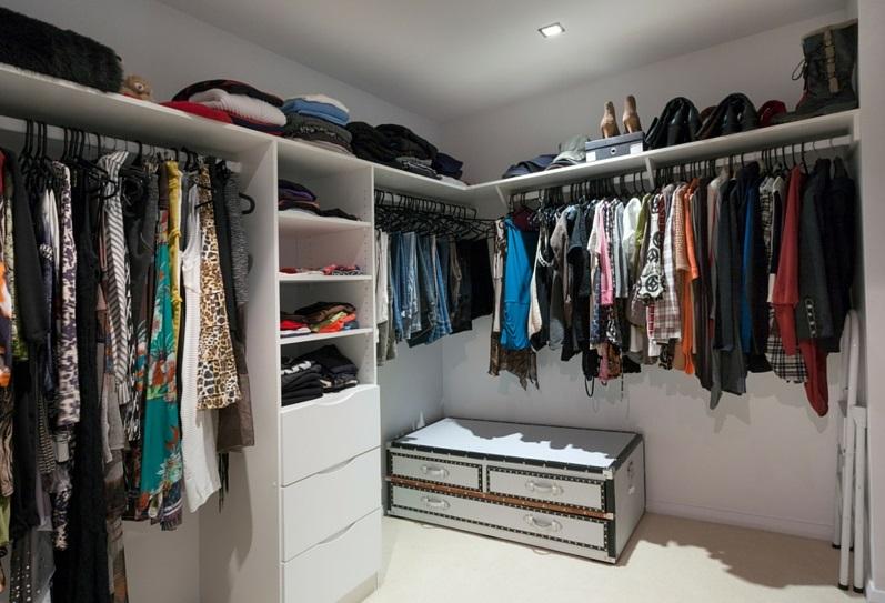 Closet_Canva